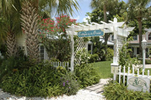 Cottages By the Ocean - Beach Vacation Rentals in Great Fort Lauderdale, Florida