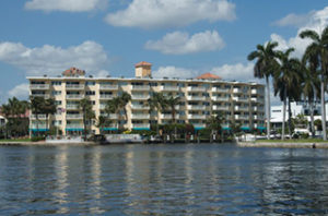 Yacht & Beach Club Condo - Beach Vacation Rentals in Great Fort Lauderdale, Florida